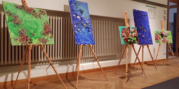 Der Tag der Kunstausstellung